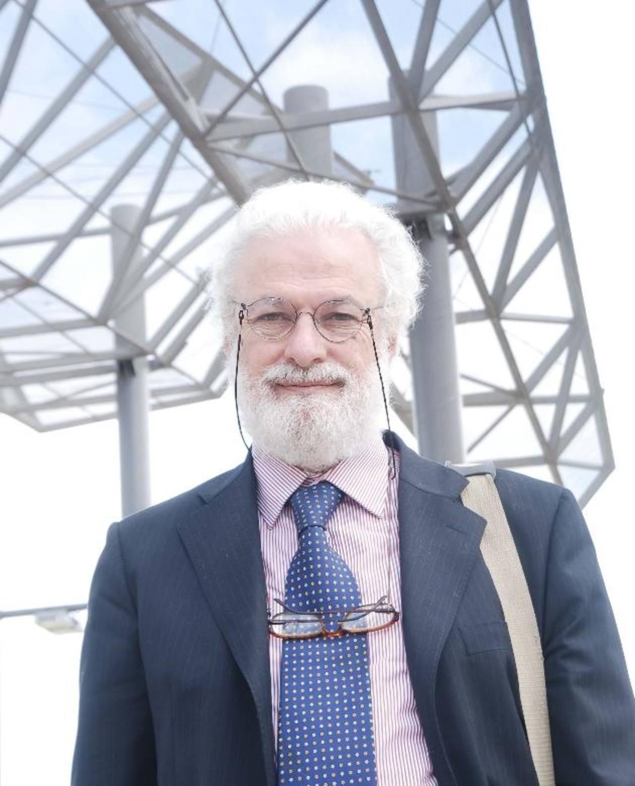 Francesco Tonucci ha hecho varias investigaciones sobre el desarrollo cognitivo de los niños, su pensamiento, su comportamiento, la relación entre la cognición y metodología educacional.