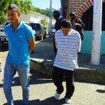 Los dos acusados de tráfico de droga y tenencia de arma de guerra seguirán detenidos mientras sigue el proceso. Foto EDH