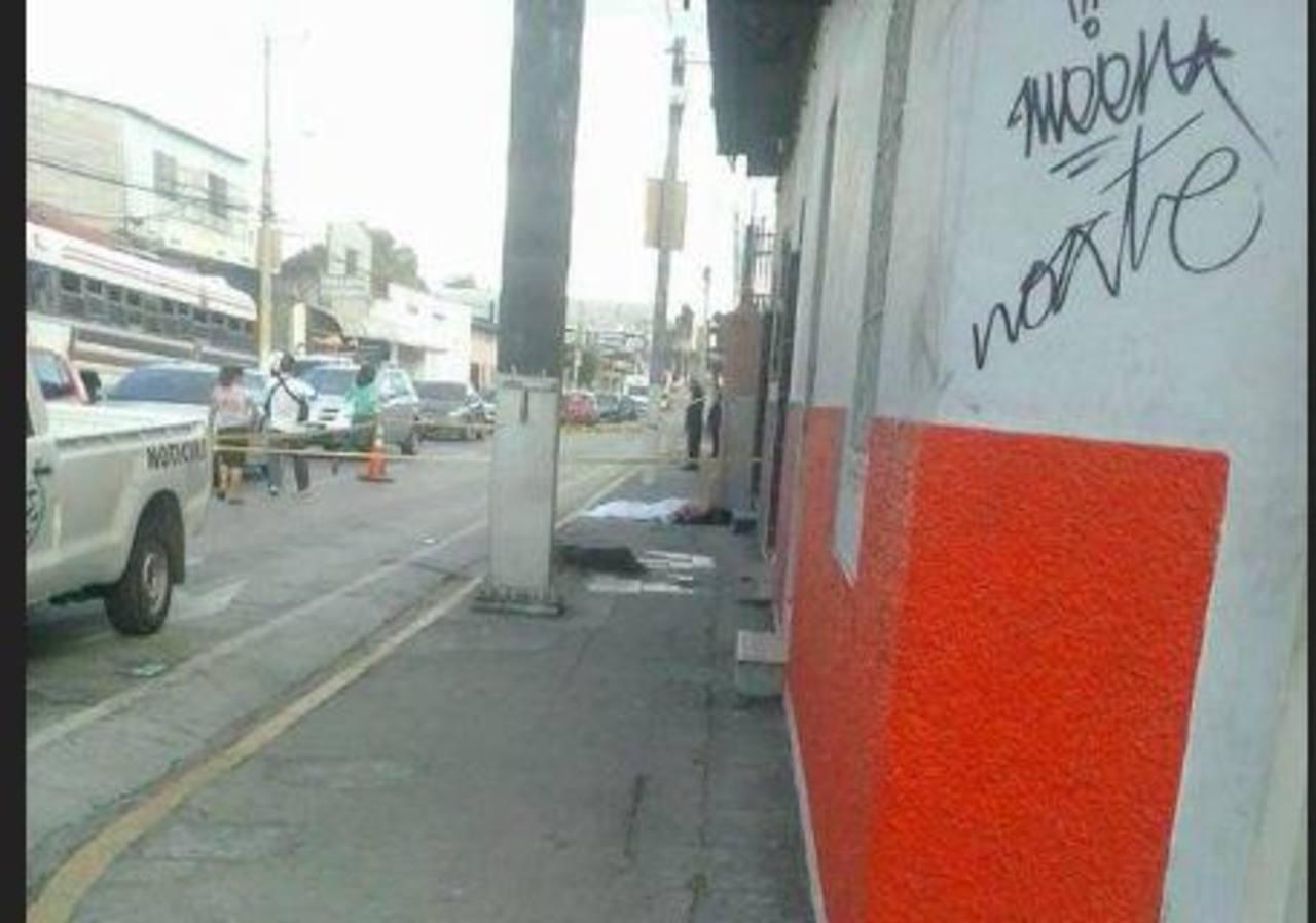 Un hombre murió en Santa Tecla esta tarde.