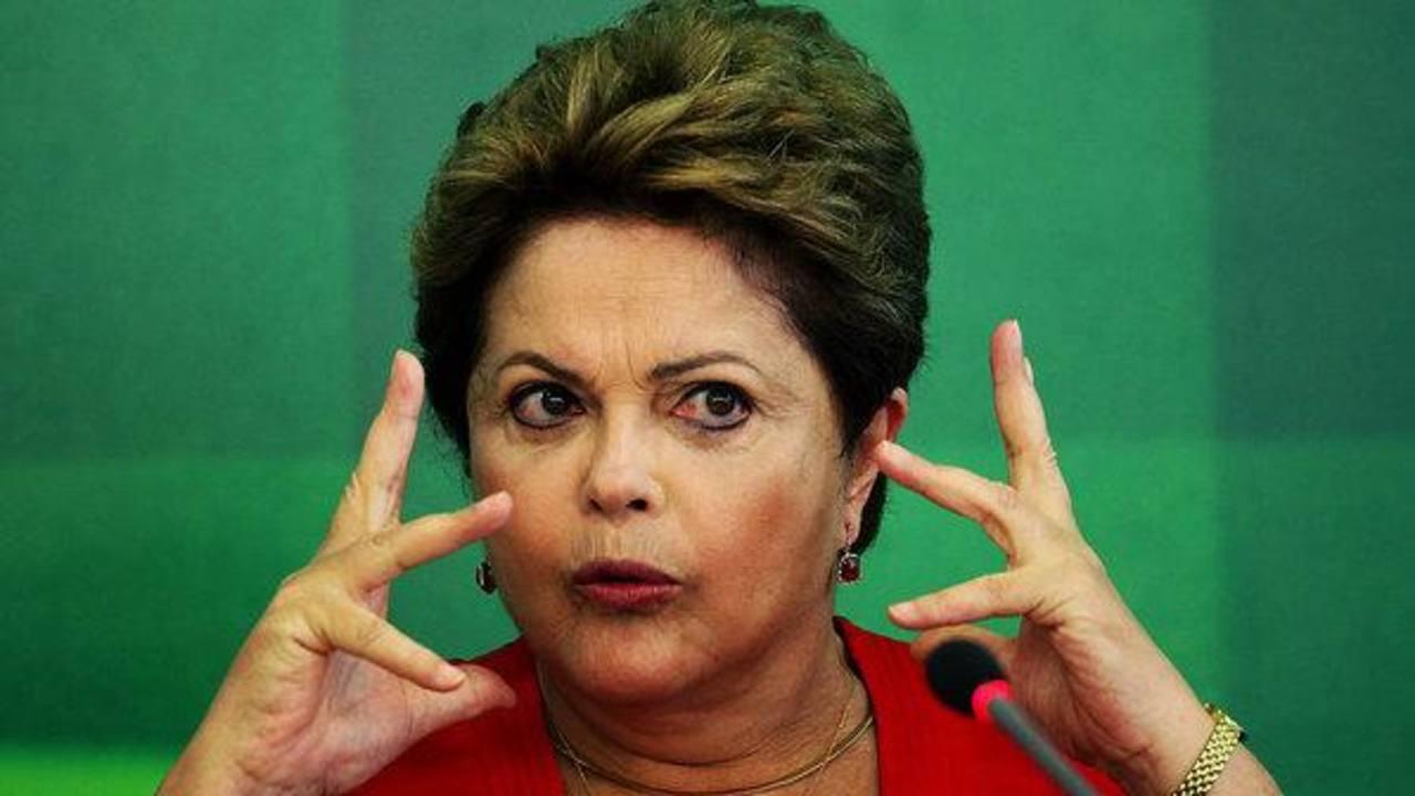 """Al principio de su segundo periodo, el 1 de enero, la gobernante brasileña, Dilma Rousseff, prometió """"combatir con rigor"""" la corrupción en Petrobras. Foto EDH / Internet"""