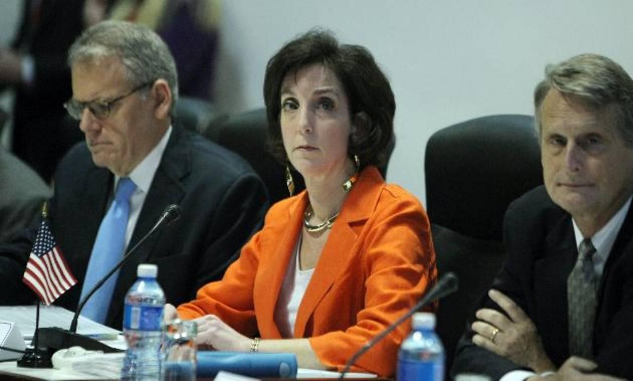 La secretaria de Estado adjunta para Latinoamérica, Roberta Jacobson, durante la reunión en el Palacio de Convenciones de La Habana, Cuba.