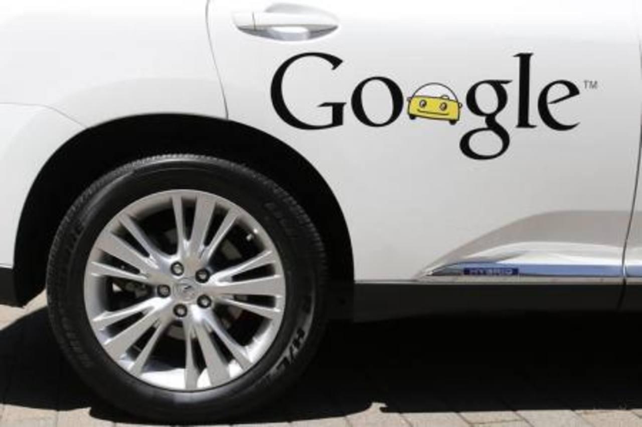 Ambas empresas desarrollarían el proyecto de coches sin conductor. Foto EDH