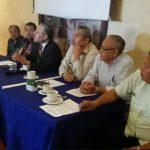 Conferencia de comité de trabajadores en defensa de los fondos de pensiones.