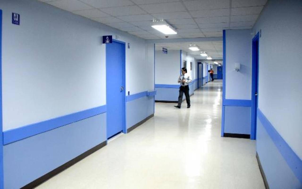 En el Servicio de Hematooncología del hospital Rosales falta una serie de fármacos. Foto EDH / ARCHIVO