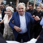Según la Revista Pulso, Mujica cerró 2014 con una aprobación del 58 %, cuatro puntos por debajo del nivel de aprobación que logró al asumir el mandato (62 %) en 2010. foto EFE