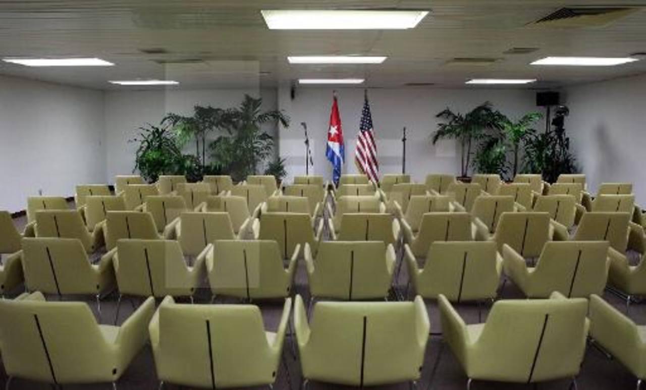 Los diplomáticos presionan para que las embajadas entre ambos países operen desde abril. foto EFE