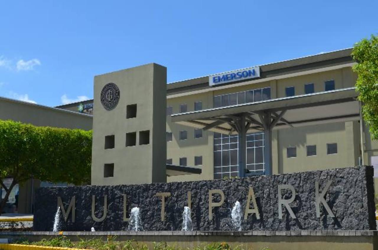 Vista de las instalaciones de Emerson en el complejo Multipark, en Escazú, Costa Rica.