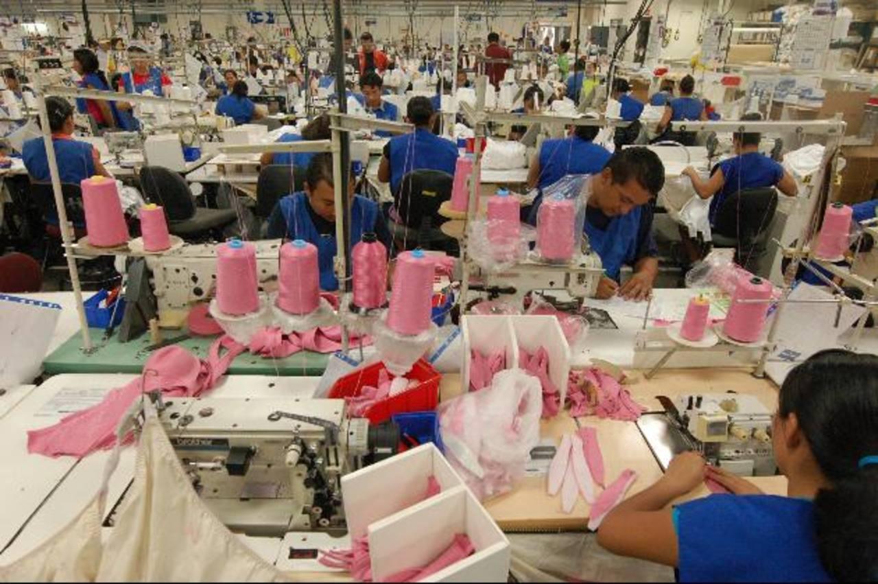 HanesBrand cuenta con cerca de 55,900 empleados en más de 35 países. La textilera impulsa una serie de medidas para que los empleados se sientan como en su casa. foto archivo edh.