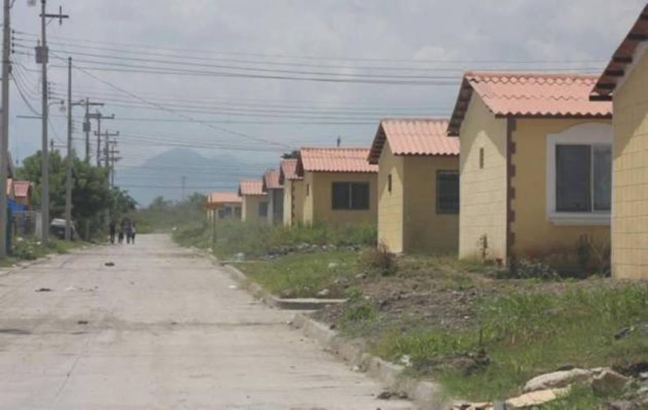 Para cuidar el presupuesto, muchos optan por dejar de edificar ciertas áreas . Foto EDH