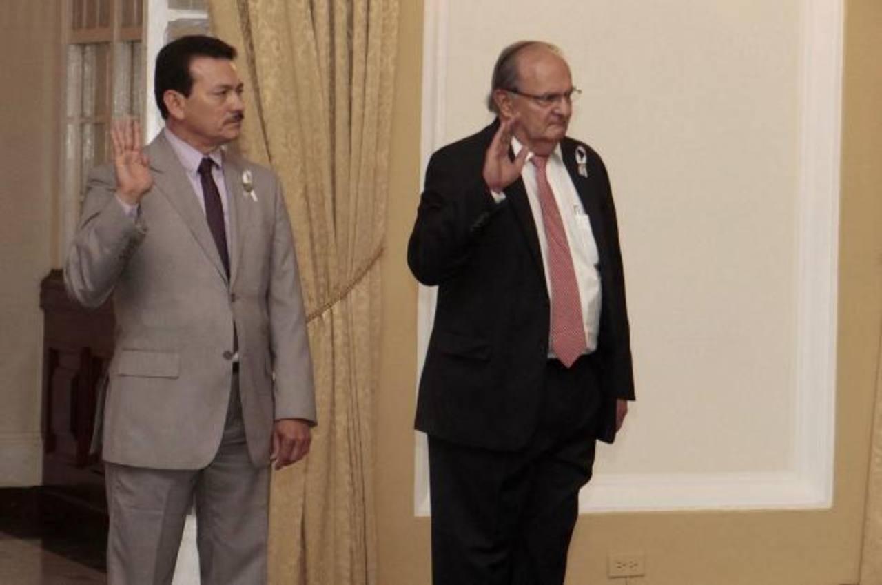 Comisionados para Asuntos Fronterizos y Seguridad juramentados por presidente Salvador Sánchez Cerén. Foto EDH