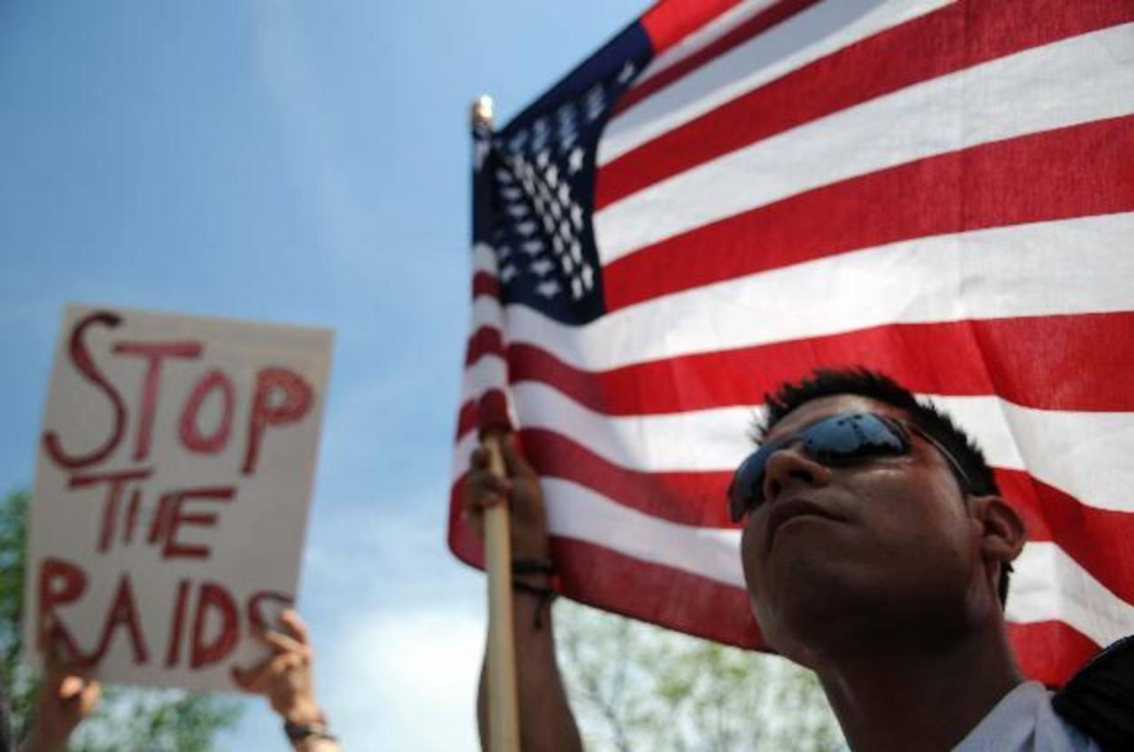 Convocan a marcha contra ley de inmigración en Arizona
