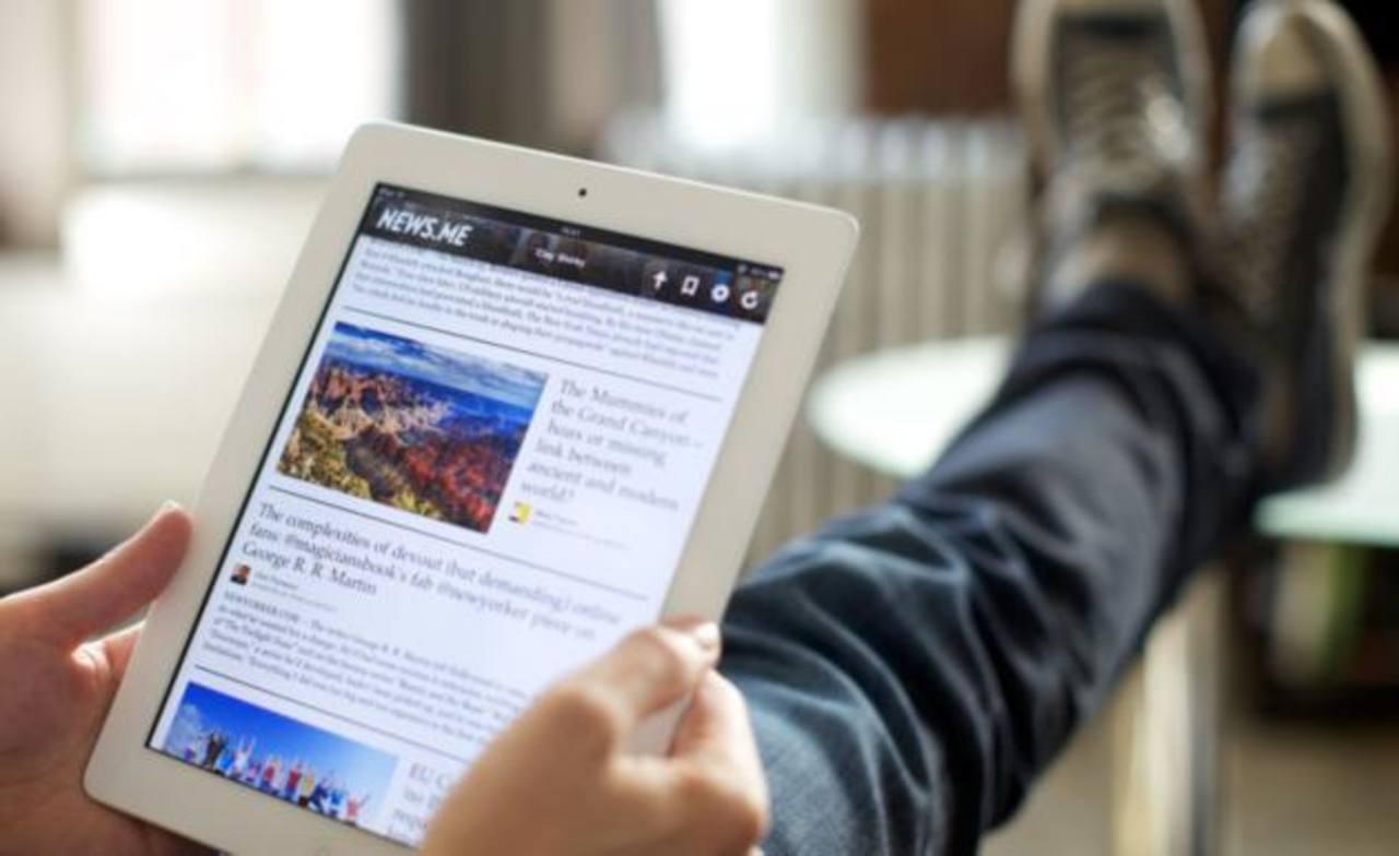 El estudio reveló que el consumo de noticias vía redes sociales y móviles se ha incrementado en generaciones más adultas.