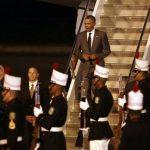 Obama llega a Panamá para asistir a Cumbre y esperado encuentro con Castro