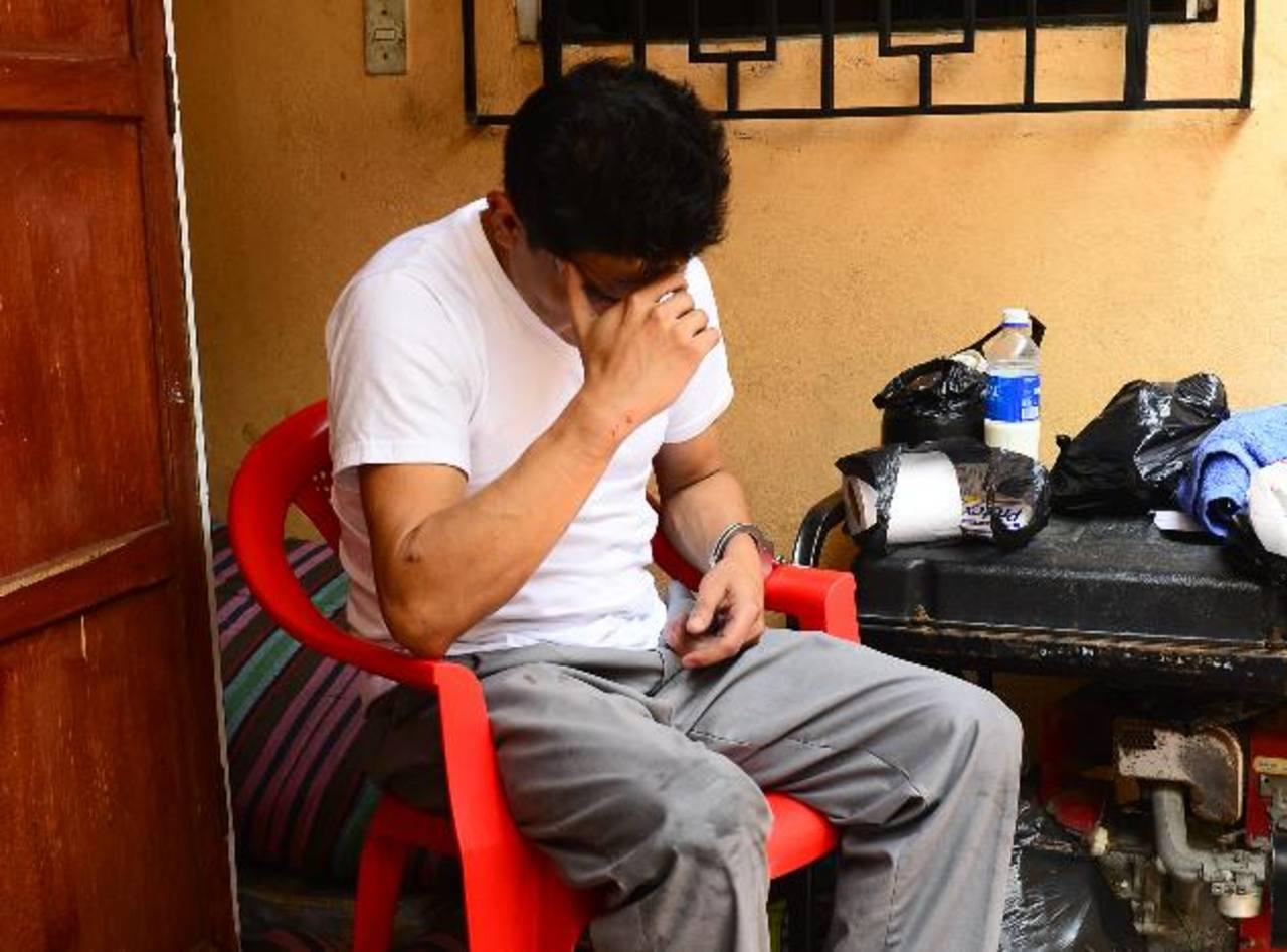 Jorge Ramírez fue detenido por el delito de homicidio culposo. Foto EDH /Mauricio CáceresUn supuesto extorsionista fue asesinado cerca del mercado Central capitalino.