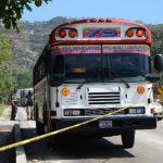 Bus en el que ayer fue atacado con machete agente de la Policía. Foto EDH / Óscar Iraheta