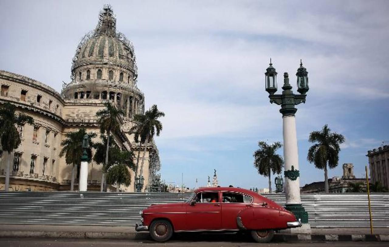 EE.UU. saca a firmas cubanas de lista negra