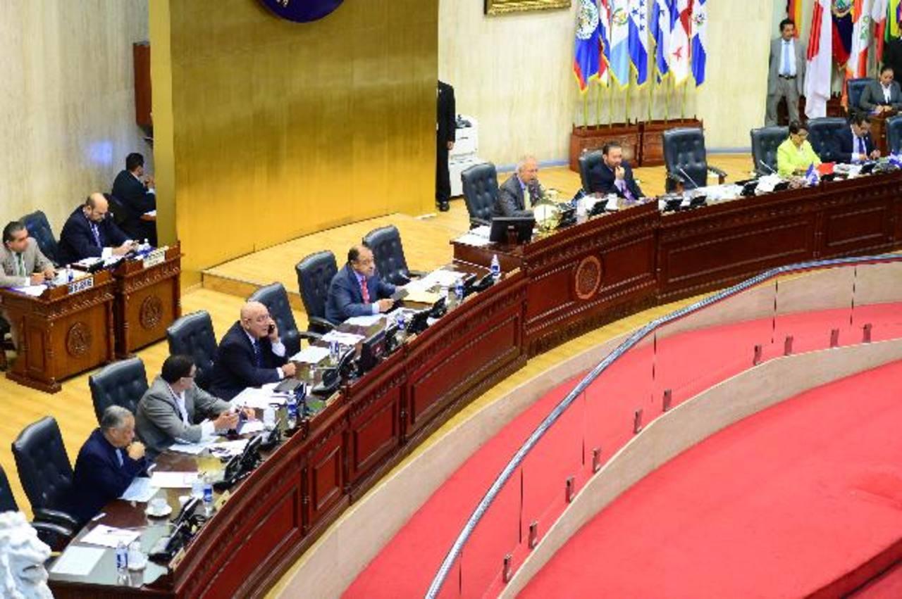 Hay representación de diputados del FMLN, ARENA, PCN Y GANA en la Junta Directiva de la actual legislatura. foto edh / archivo