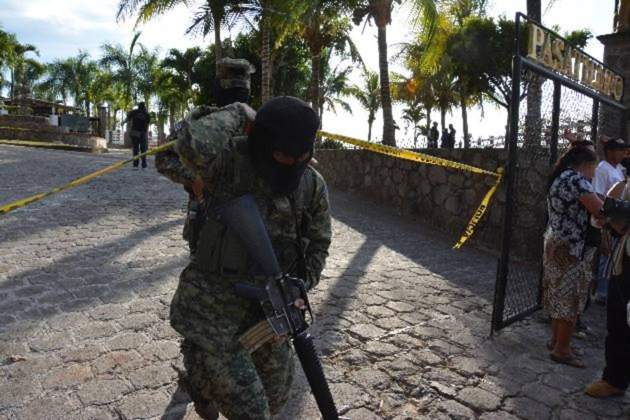 Las víctimas fueron atacadas a tiros en el rancho Pasatiempo, en Ciudad Barrios, San Miguel. Foto EDH / Carlos Segovia