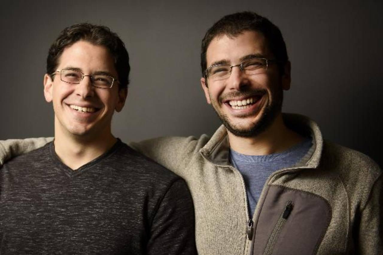 Los hermanos David (i) y Brett Kopf (d) crearon la aplicación Remind, la cual debutó en 2011.