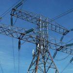 El reducido tamaño de las economías de la mayoría de islas del Caribe dificulta acceder a electricidad más barata. foto edh