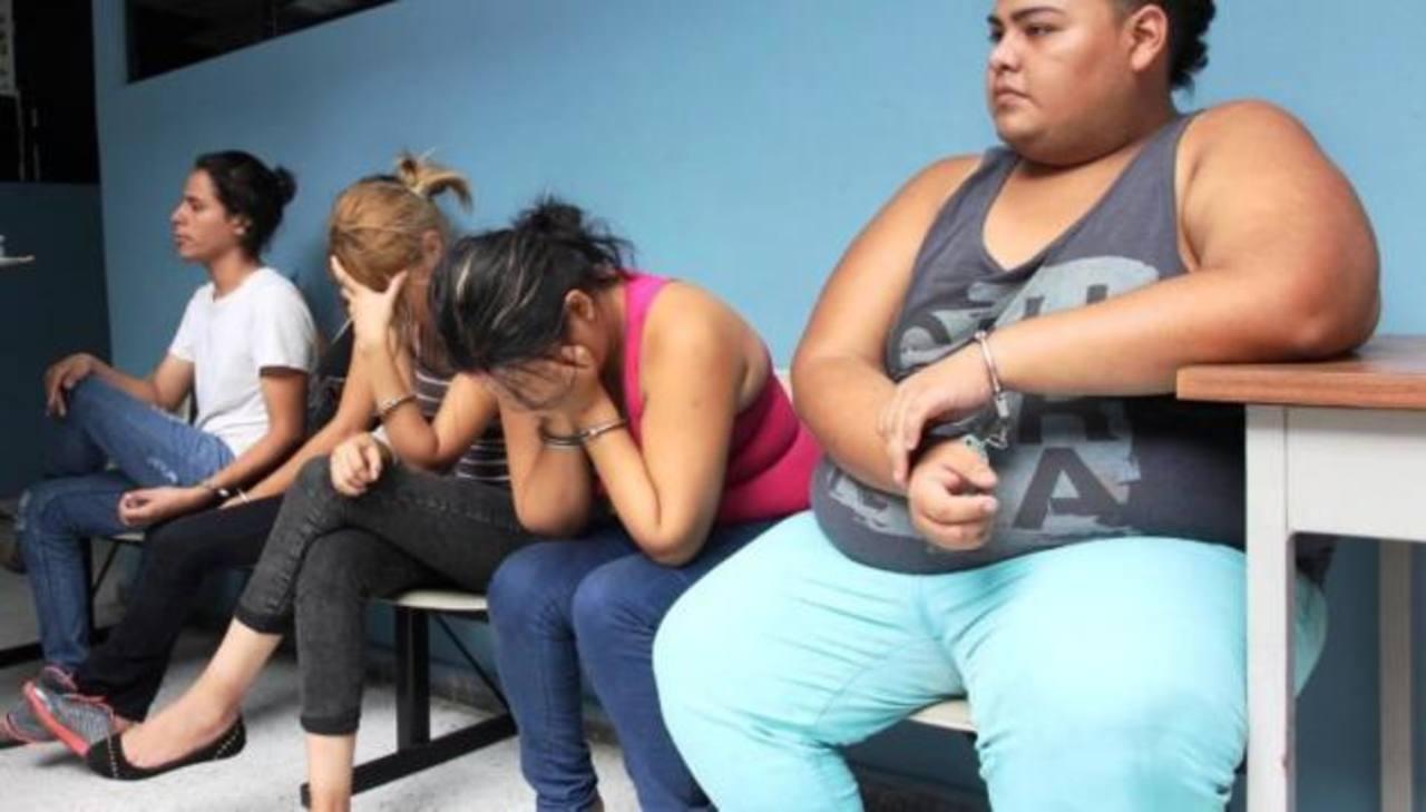 Estas personas fueron condenadas a 10 años ocho meses por trata de personas. Foto EDH / Cortesía FGR