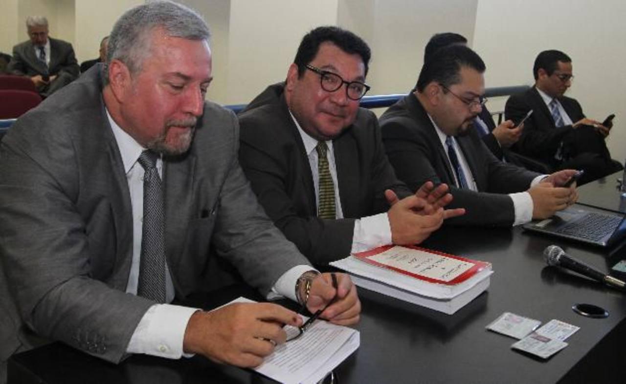Abogados de los procesados han insistido en que no existe delito que perseguir a los exdirectivos por el caso CEL-Enel. Foto EDH / Archivo
