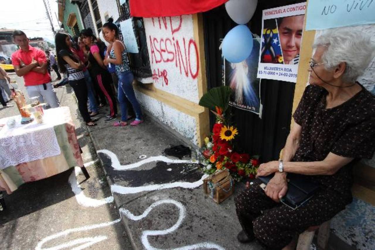 La reciente víctima del régimen chavista es el joven Kluiverth Roa, de 14 años, asesinado durante una protesta. EDH / Archivo