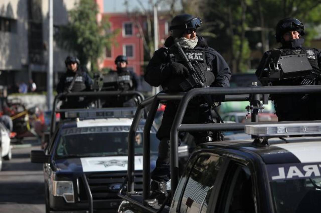 Problemas como la criminalidad y la violencia, son factores en contra del crecimiento. Foto EDH
