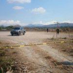 PNC acordona lugar en donde encontraron los cadáveres de dos hombres.