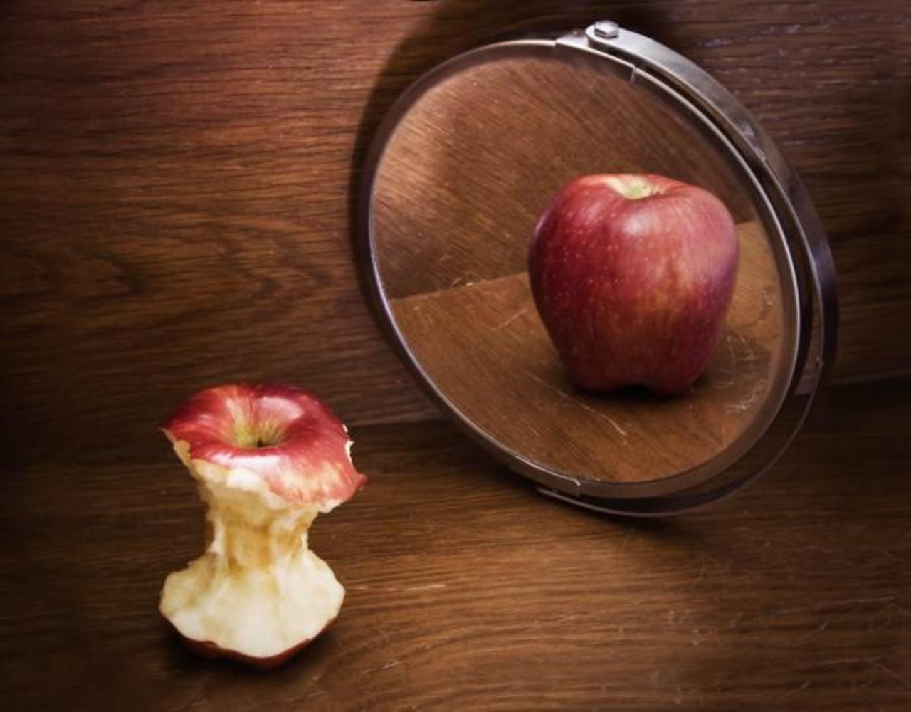 La anorexia afecta a mujeres y hombres, principalmente durante la adolescencia.