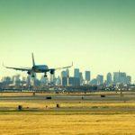 Avión aterriza de emergencia en Nueva York por impacto de un ave