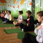 La meditación ayudan a lidiar mejor los sentimientos y a tomar distancia de actitudes destructivas. Foto EDH/ Archivo