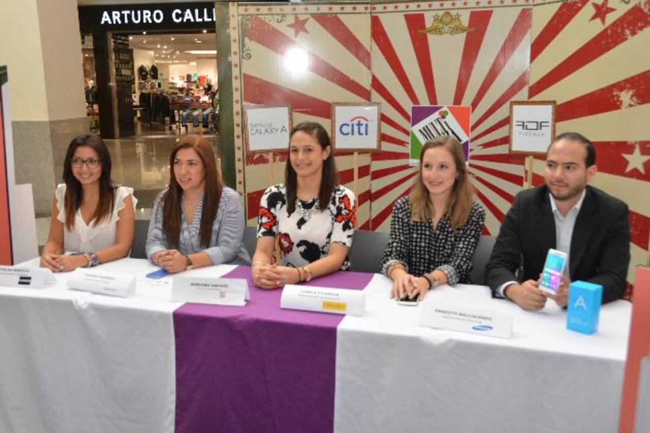Representantes de las marcas organizadoras durante el anuncio del Fashion Circus Show. Foto EDH/ David Rezzio