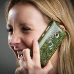 Video: Desarrollan celular hecho con pasto