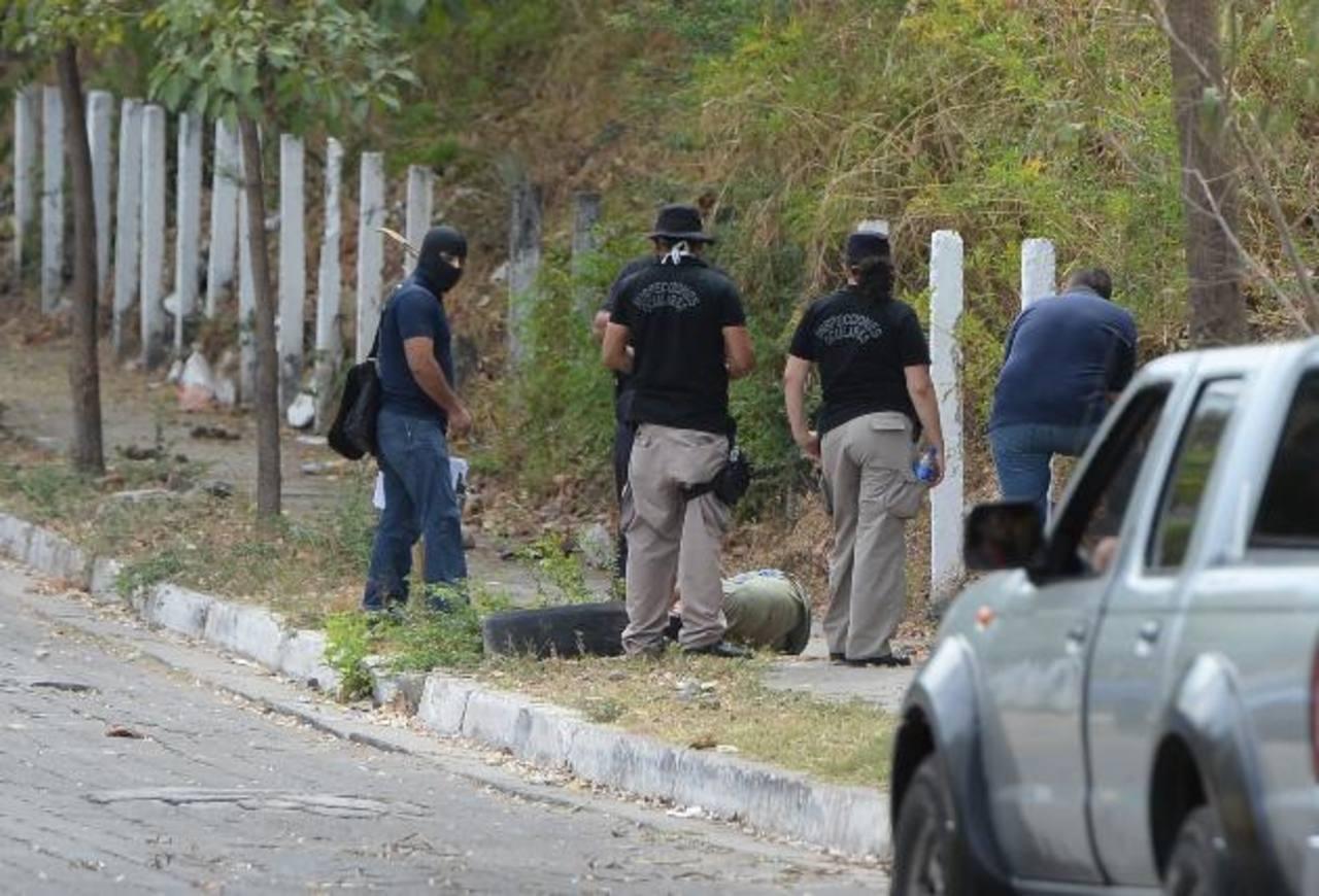 Pasajero de la Ruta 38-D fue asesinado ayer en la colonia Chintú I, en Apopa. Foto EDH / Jaime Anaya