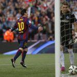 "Messi abrió la cuenta con un penalti convertido ""a lo Panenka"". Foto EDH / AP"