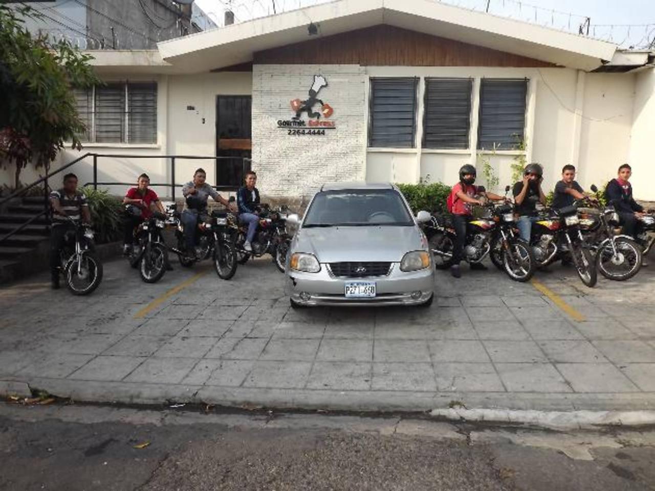La escuela de motociclistas es el principal proyecto de RSE que Gourmet Express ha implementado gracias a Fundemas. El equipo de Skin está principalmente formado por mujeres, muchas de ellas son madres y valoran la flexibilidad laboral.