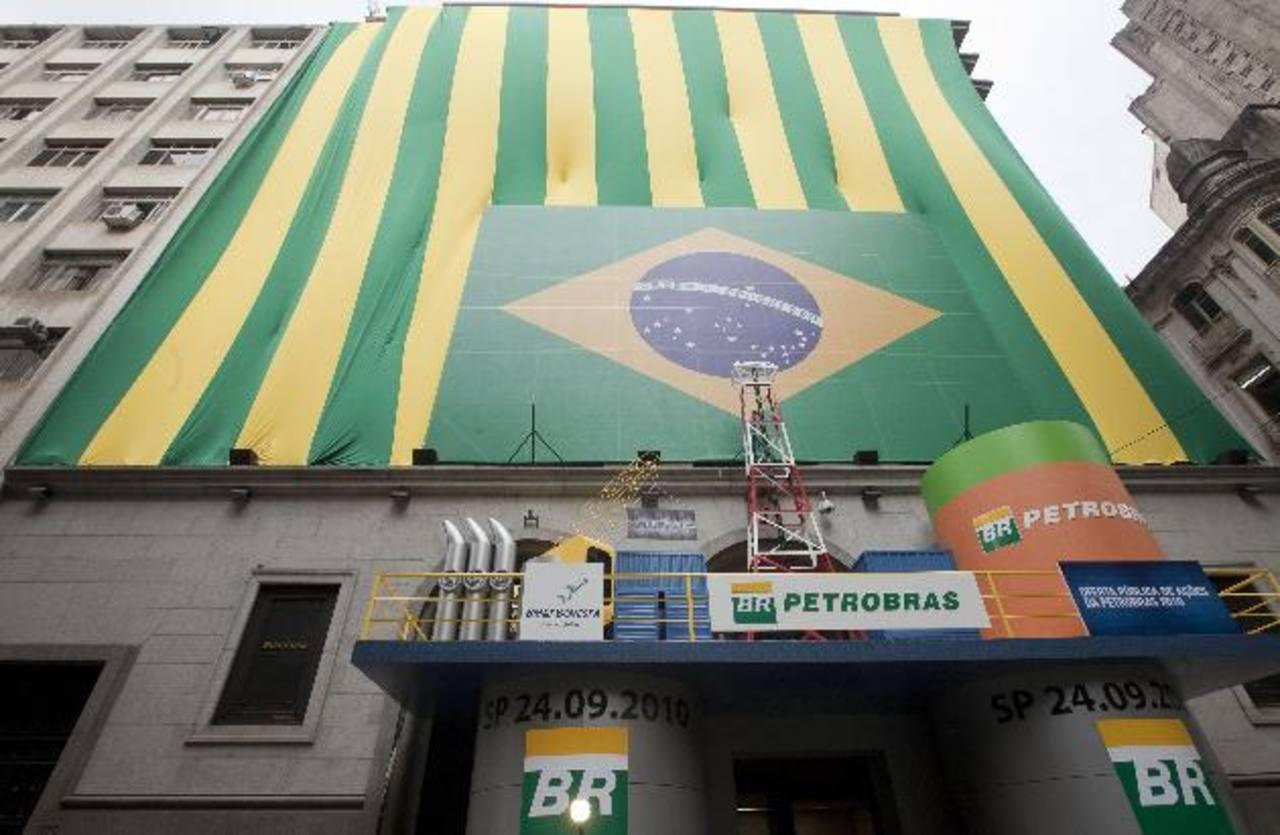La petrolera estatal brasileña está en el ojo del huracán por el escándalo de corrupción a la que ligan a políticos. foto edh /aP