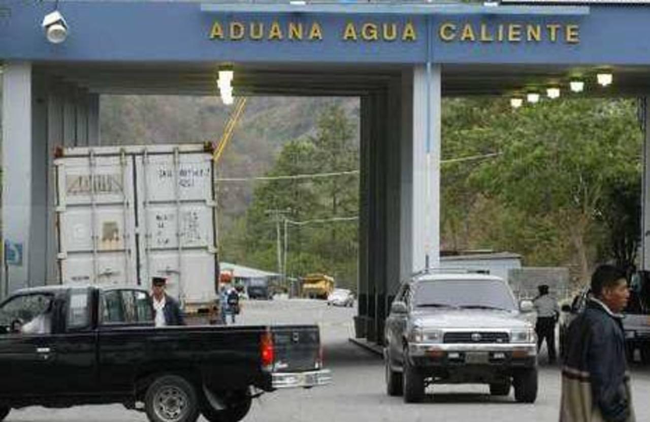 Detienen en Honduras a 28 cubanos indocumentados que se dirigían hacia EE.UU.
