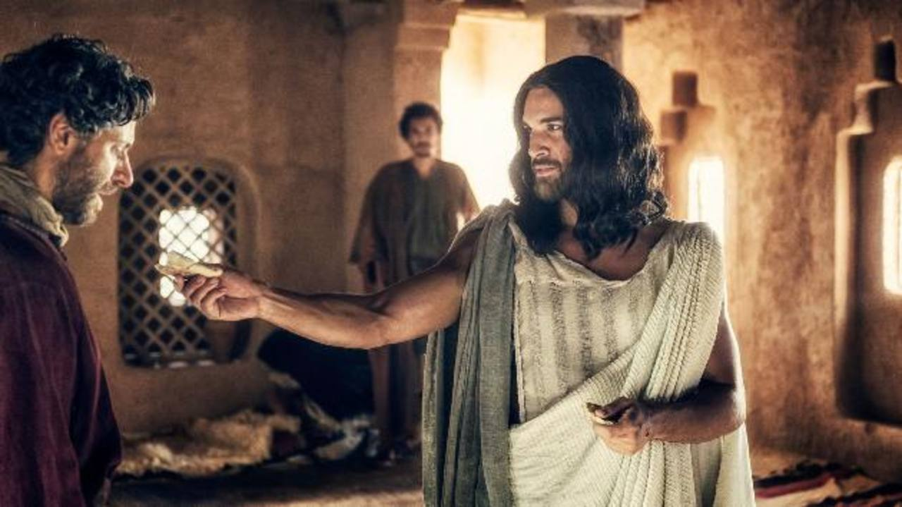 Juan Pablo di Pace se transforma en Jesucristo