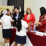 Es el sexto año consecutivo en que GCC apoya a los niños del centro escolar San José Aguacatitán. Fotos EDH / René EstradaJuan Federico Salaverría, director ejecutivo de GCC, dijo que la educación de los jóvenes es el futuro del país.