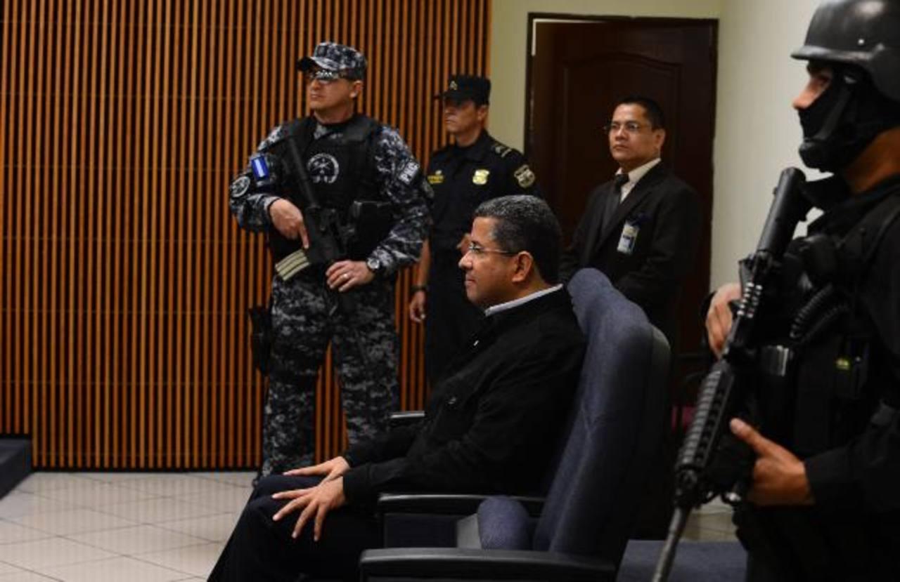 Expresidente Francisco Flores es procesado en el Juzgado 7o. de Instrucción.