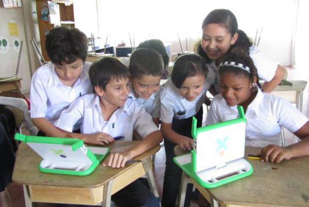 Con esto pretenden mejorar la calidad educativa del país.