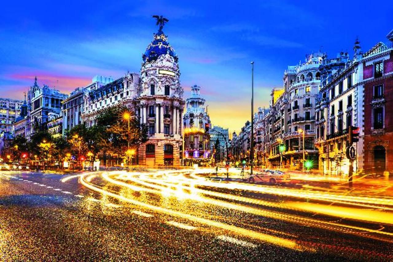 La Gran Vía, una de las calles más populares de Madrid.