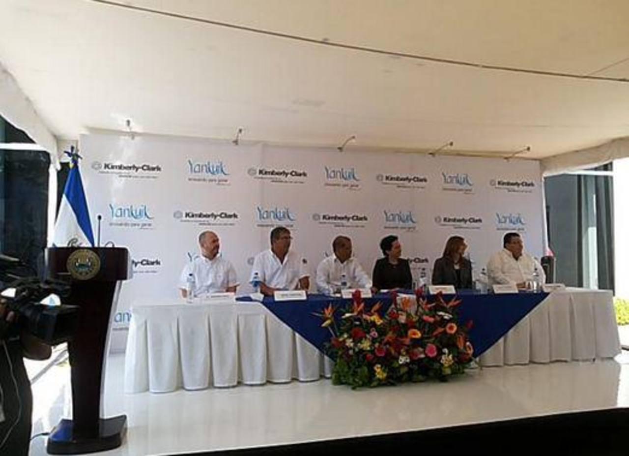 Kimberly Clark inaugura planta en San Juan Opico