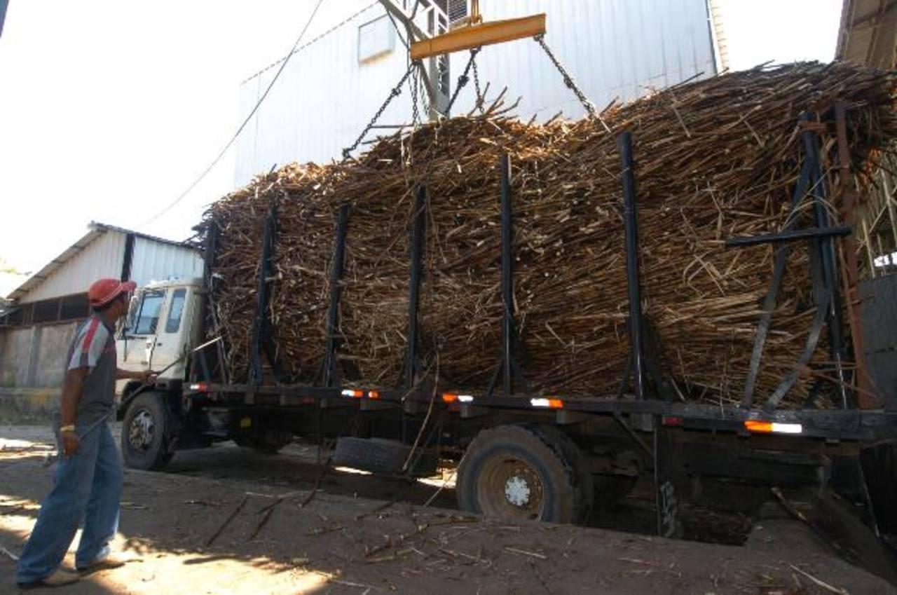 Recientemente los azucareros han comenzado a exportar a mercados tan exóticos como China, y van por más. Foto EDH
