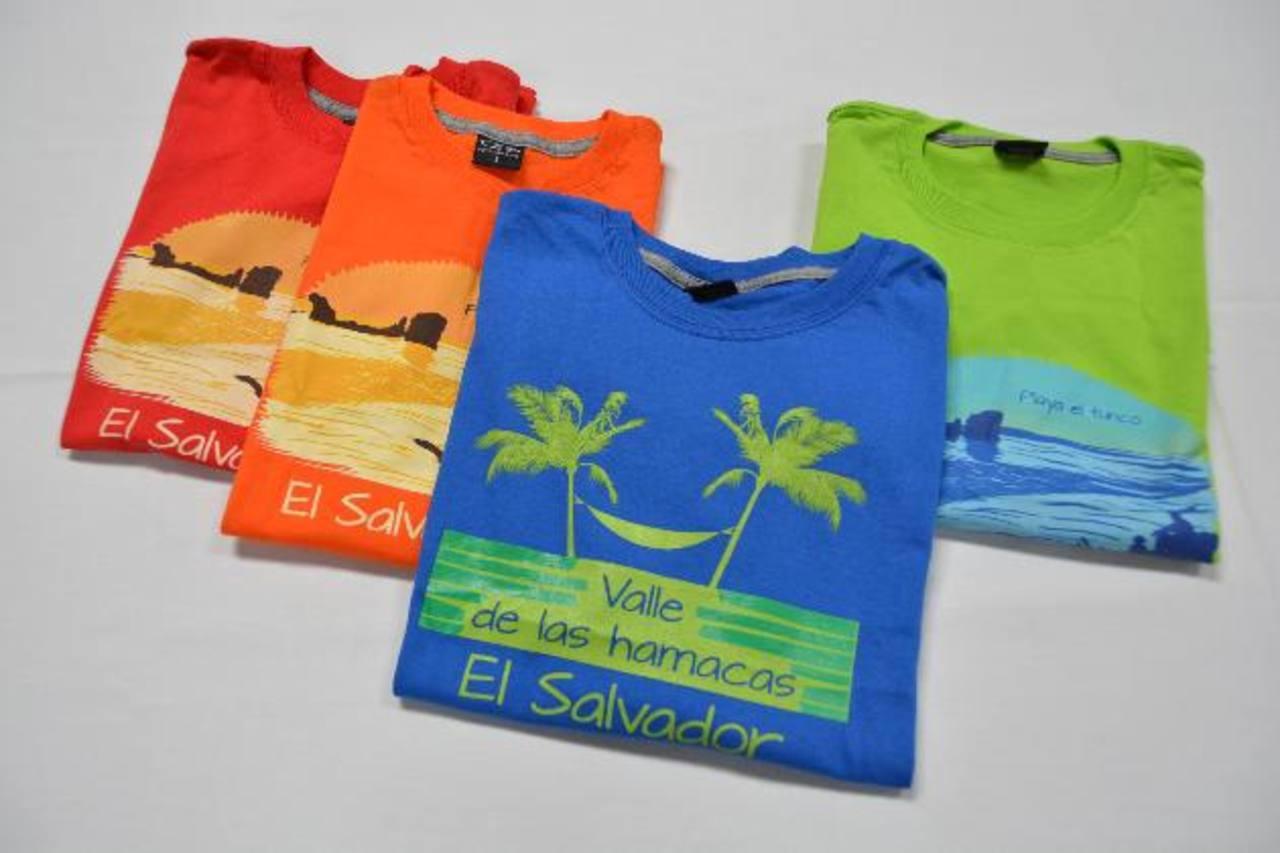 Los clientes podrán escoger entre dos diseños inspirados en nuestro país. Uno de la Playa El Tunco y otro del valle de las hamacas. foto EDH / David Rezzio