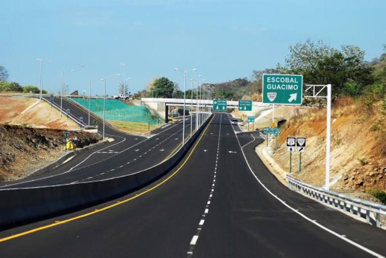 La carretera interamericana norte sería ampliada. Foto EDH