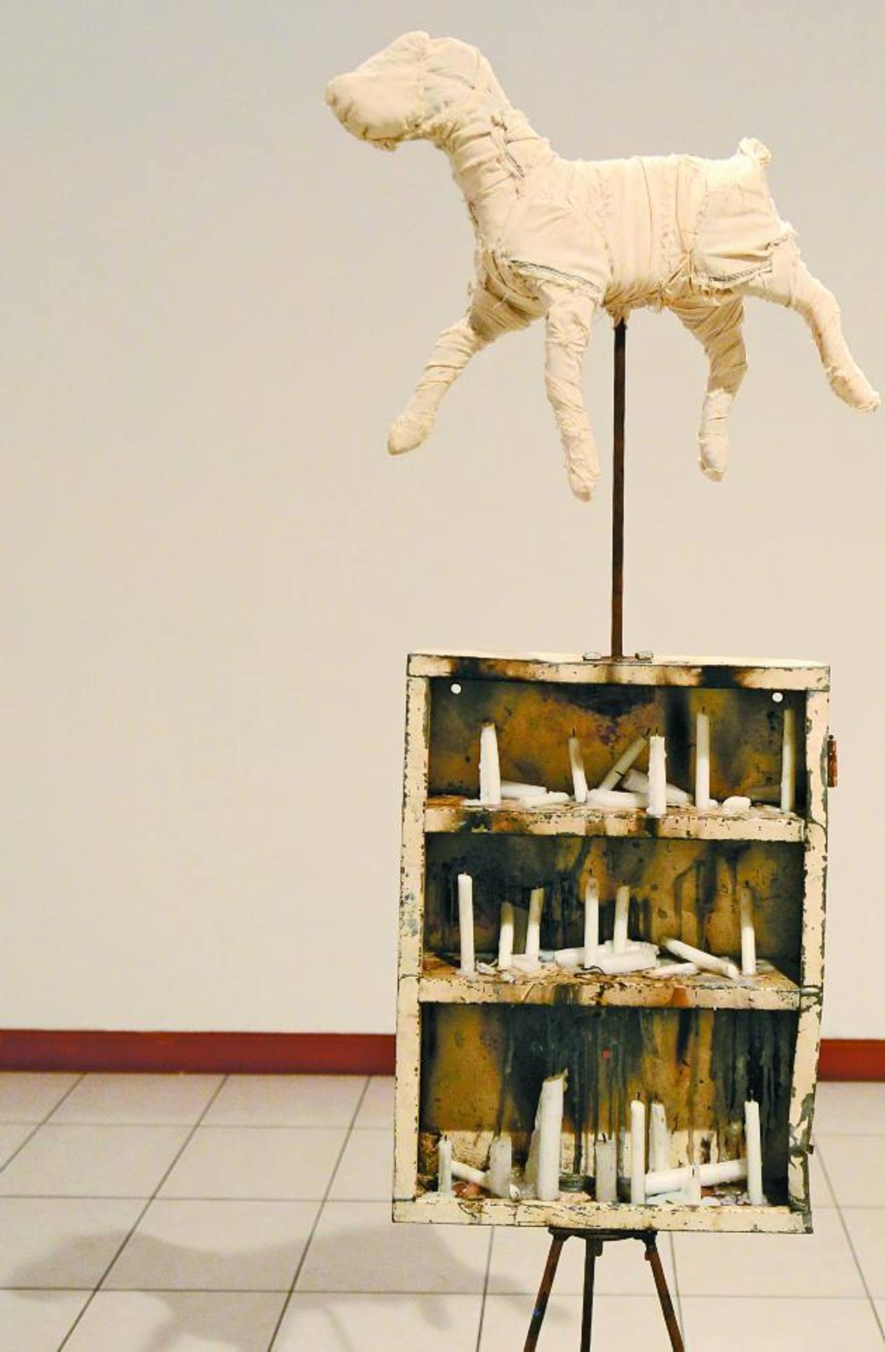La instalación de Natalia Domínguez evoca temas íntimos y universales. Foto EDH / Mauricio Cáceres
