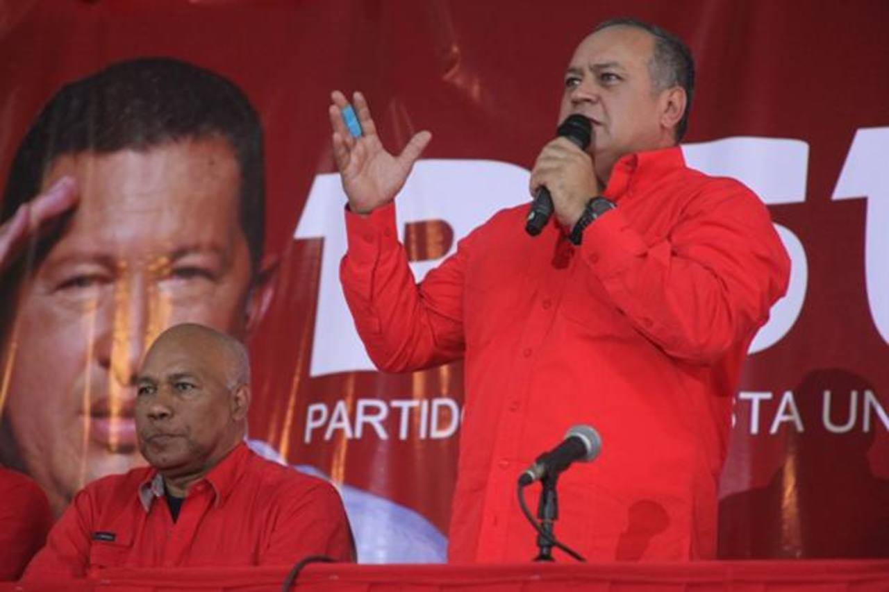 El presidente de la Asamblea Nacional chavista, Diosdado Cabello (der). foto EDH /an prensa